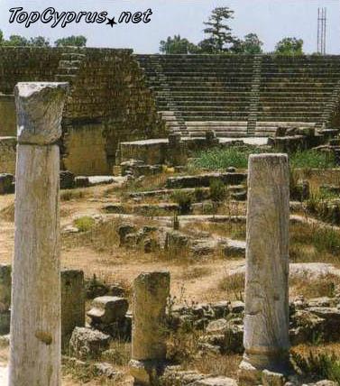 Руины базилики Камбанопетра в Саламисе