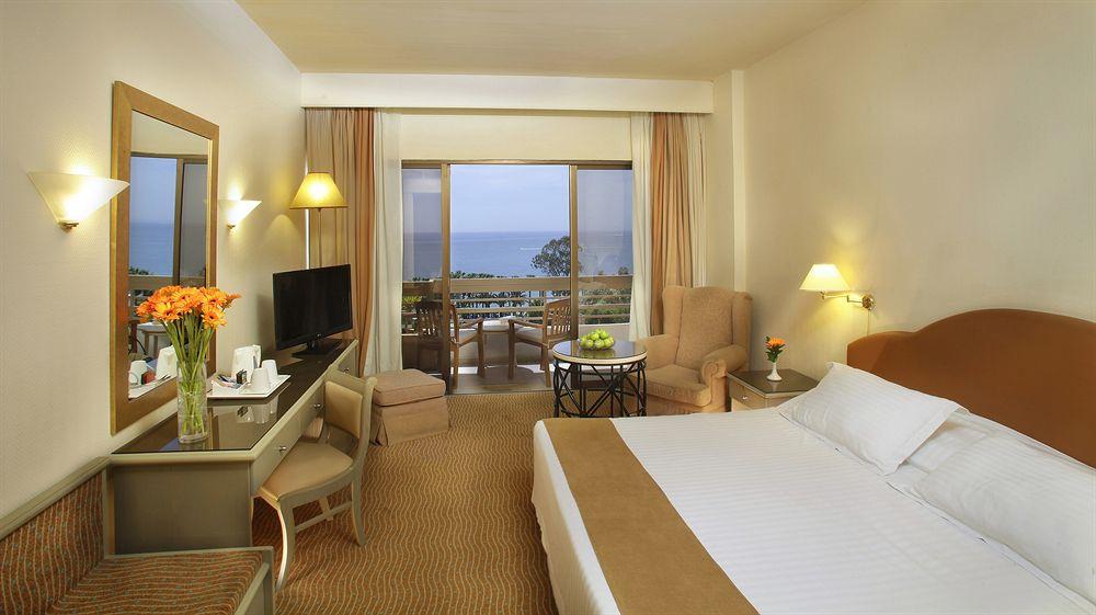 пеленгаса запеченным фото номеров в отеле на кипре изделия